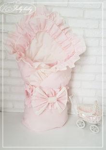 Конверт на выписку для девочки с двойными рюшами (розовое)