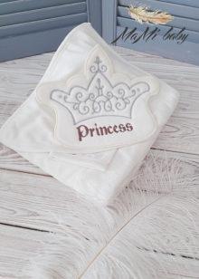 Махровое полотенце с капюшоном с салфеткой (принцесса)