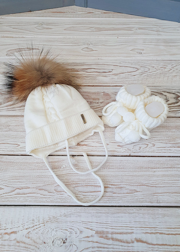 Зимняя шапочка в цвете экрю (38-40)