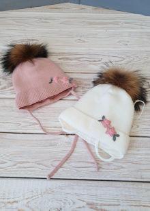 Зимняя шапочка для девочки с помпоном (36-38)