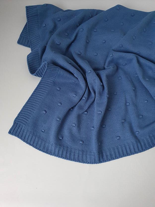Вязаный плед «Горох» на хлопковой подкладке (синий)