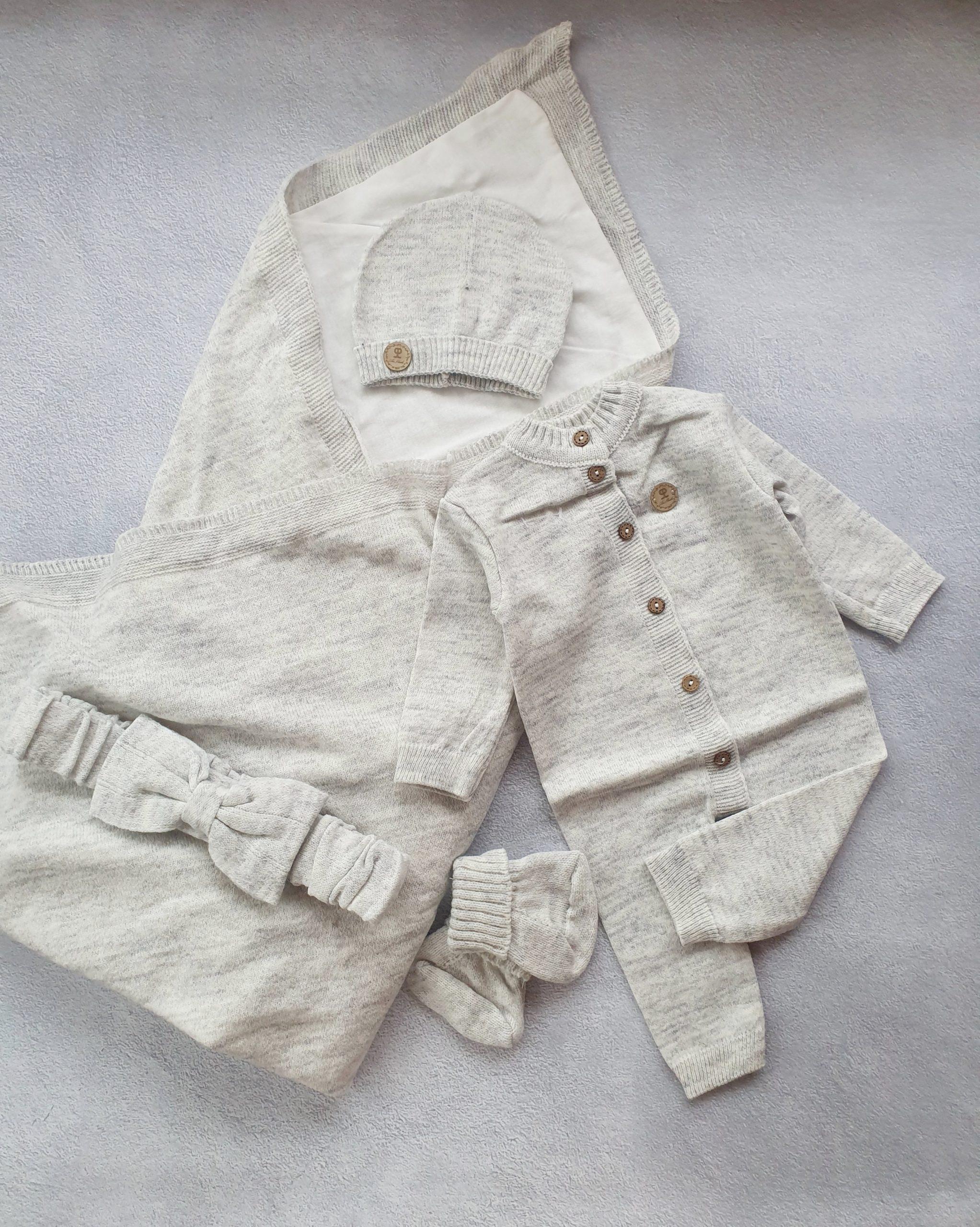 Вязаный набор из тонкой шерсти (серый)