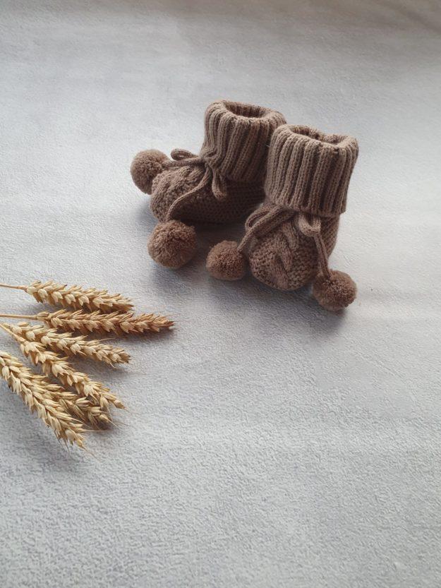 Пинетки с завязками для новорожденного (0-6 мес), коричневые